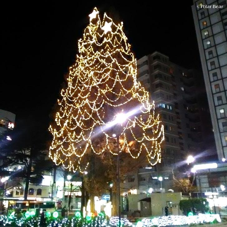 阿佐ヶ谷駅前のイルミネーション ポーラベア