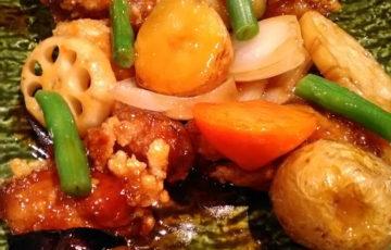 大戸屋さん 鶏と野菜の黒酢あん定食 ポーラベア