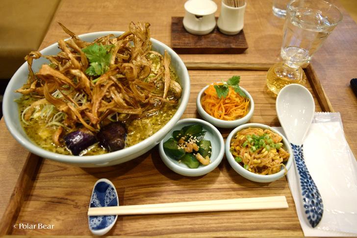 阿佐ヶ谷 箸とレンゲ 小鉢料理も豊富 ラーメン ポーラベア 中央線